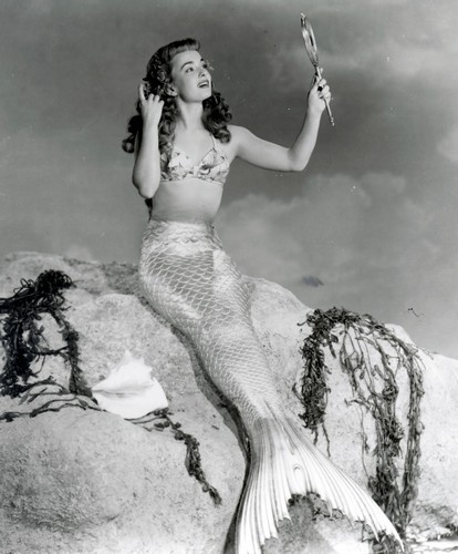 THE MERMAIDS OF TRIBURON 1962 - 2