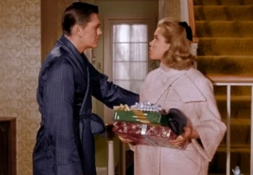 BEWITCHED XMAS EPISODE 4