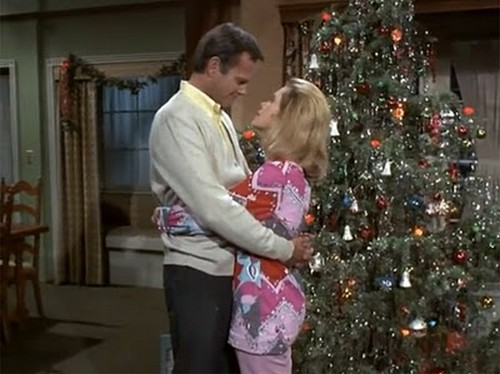 BEWITCHED XMAS EPISODE 7