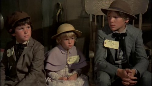 THE APPLE DUMPLING GANG (8)