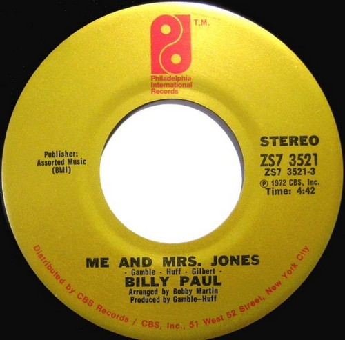 ME & MRS JONES SINGLE