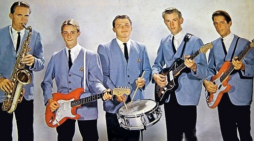 THE SURFARIS 3